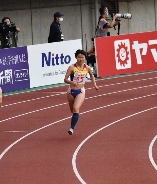 選手写真:岩田 優奈