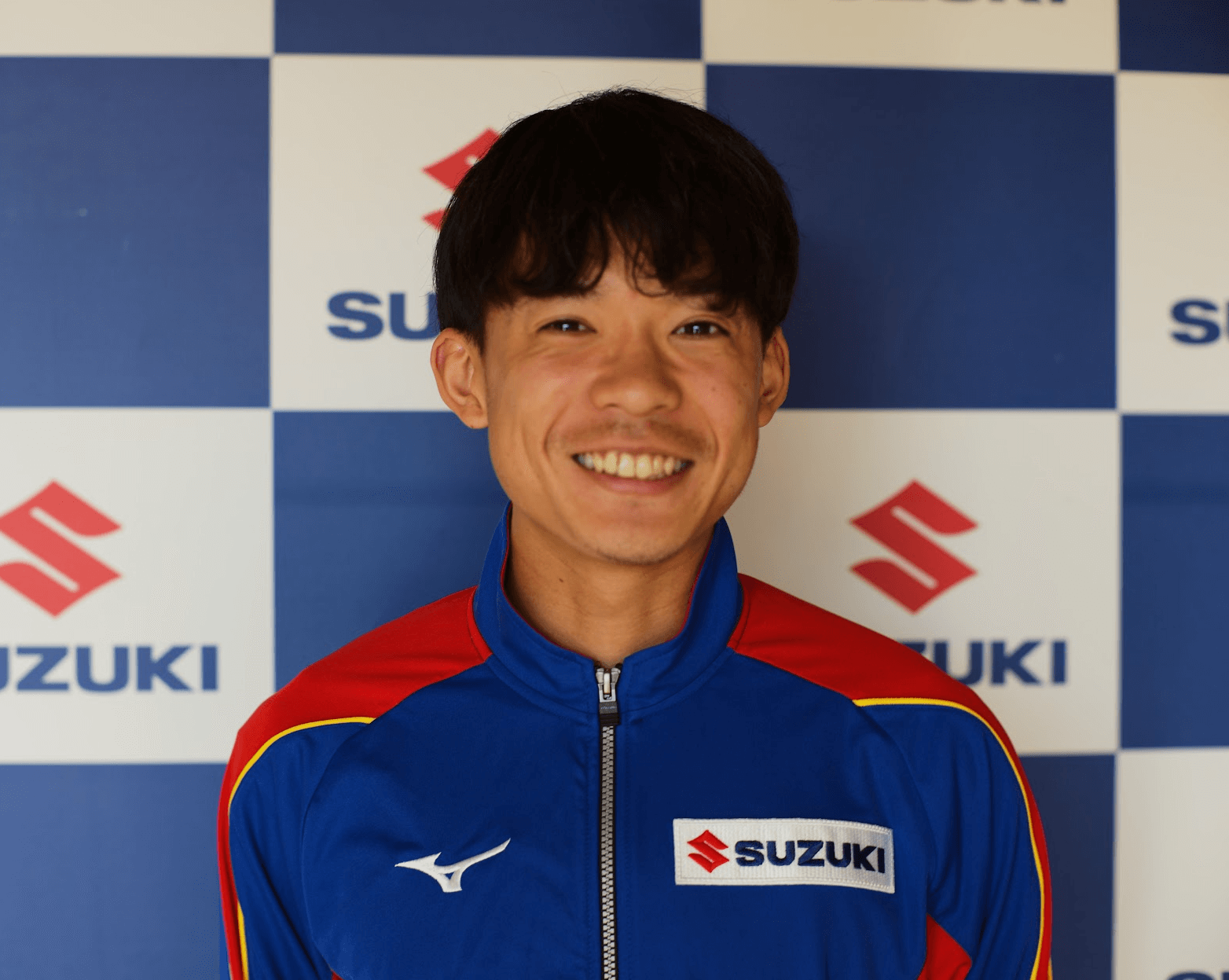 選手写真:富田 遼太郎